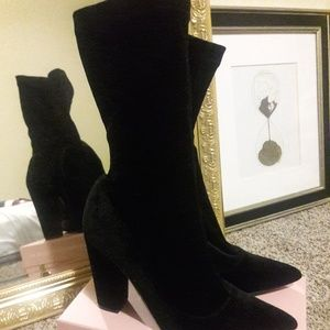 Forever 21 Black Velvet Sock Booties - Sz 9